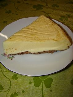 Cristina's world: Budinca de iaurt la cuptor Gluten Free Recipes, Vegetarian Recipes, Cooking Recipes, Healthy Recipes, Dash Recipe, Easter Pie, Romanian Desserts, Cake Recipes, Dessert Recipes