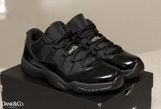 Air Jordan 11 Low Customs