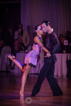 Sergey & Melia Show @ La Classique Du #Quebec Such nice people and very good dance teachers as well!