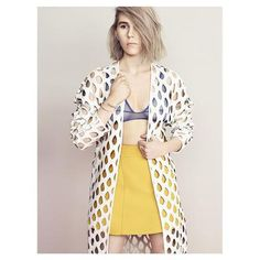 Zosia Mamet wearing Leblon Cutout Jacket <3 #WhistlesXCovetMe #covetme