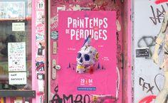 [FR] Festival Printemps de PérougesNous accompagnons ce festival depuis plus de 5 ans. Pour cette édition, nous avons continué dans l'univers du Paper Artavec une vanité mexicaine rock'n girly. Un travail de longue haleine réalisé avec brio par Jonas, l…