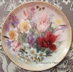 Lena Liu Tulip Ensemble Symphony Shimmering Beauty Series Collectors Plate MINT