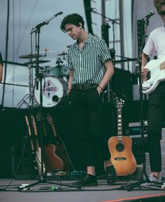 Timothee chamelete Boy Outfits, Summer Outfits, Blake Richardson, New Hope Club, Mens Trends, Cute Boys, Men Dress, Casual, Street Wear