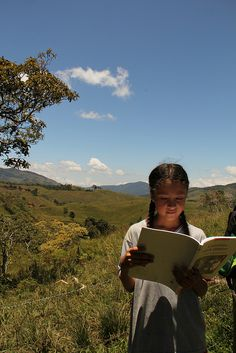 Guadalupita by Alejo, en Vespa, via Flickr Vespa, Traveling, Explore, Mountains, Nature, Colombia, Wasp, Viajes, Hornet