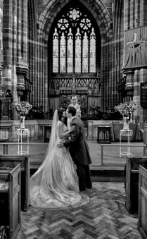 Wedding photography award winners. 7th Place - Ceremony - AG|WPJA Q1 2011.  Amazing #wedding #photography Board : https://www.pinterest.com/wellyphoto/