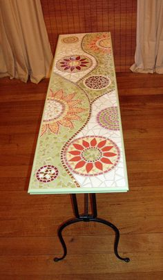 Mosaic Hall Table made with ceramic tiles. Tile Art, Mosaic Art, Mosaic Glass, Mosaic Tiles, Glass Art, Mosaic Crafts, Mosaic Projects, Mosaic Designs, Mosaic Patterns