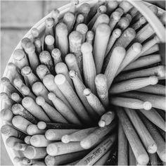 https://flic.kr/p/vqnEVq   Projet 365 #358 - Seau de baguettes