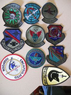 10 DIFF MILITARY PATCHES-LOT    14