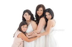 A Perfect Christmas Present for Dad {By Orlando Photographer} A Perfect Christmas Present for Dad {By Orlando Photographer} Three sisters and Mom photoshoot, siblings, orlando photographer, group of four.