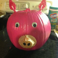This is the pumpkin I made for an example for my class. We turning our pumpkins into storybook characters so that the pie baker will not turn them into pies. I chose Wilber from Charlotte's Web.