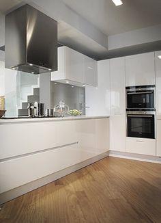 Kitchen white laqured