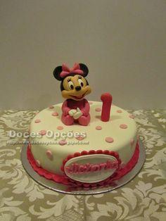 Doces Opções: Bolo de aniversário com a bebé Minnie