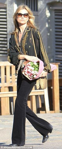 Even supermodel Kate Moss loves pretty pink tulips!