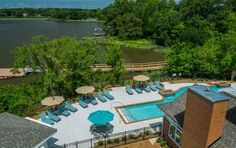 Envision living at Promenade Pointe. Browse 34 photos, 2 videos of our apartment community. Apartment Communities, Outdoor Furniture Sets, Outdoor Decor, Paddle Boarding, Virtual Tour, Norfolk, View Photos, Kayaking, Tours