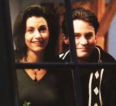 Monica Friends, Chandler Friends, Monica And Chandler, Friends Cast, Friends Moments, Chandler Bing, I Love My Friends, Friends Show, Friends Family