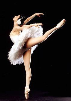 "Nina Ananiashvili in ""The dying swan"" <3"