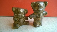 TWO VINTAGE & VERY COLLECTABLE HEAVY BRASS BEAR PAPERWEIGHT / DISPLAY FIGURES