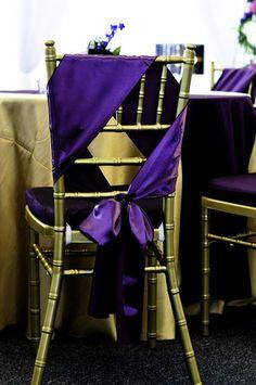 Alternative chair sash wrap.  pretty color, unique design.