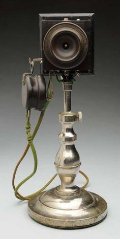 Alexander Graham Bell's first upright desk top telephone model. on Dec 2014 Telephone Vintage, Telephone Booth, Vintage Phones, Antique Items, Vintage Items, Antique Phone, Antique Typewriter, Old Phone, Desk Set
