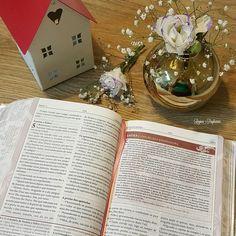 É tempo do reino do céu na terra! É tempo de sinais prodígios e maravilhas!  Ninguém melhor do que os apóstolos de Jesus pra nos motivar sobre isso! Estamos nesse mesmo mover! Avivamento!!!!! Ler o livro de Atos dos Apóstolos é inspirador! #FotodaRe #BibliaSagrada #Bíblia #EspíritoSanto #Amor #Jesus #Deusébom #Deus #bible  #biblestudy #HolyBible #God #godisgood  #love #JesusLovesYou #JesusTeAma #Livrosagrado #AmorIncondicional #João316 #john316  #Atos #AtosDosApóstolos…