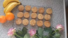 Crispy Ginger Biscuit, perfect fot tea or coffee time. Ingredients: Butter 3 Tbsp Golden Syrup Sugar Flour 2 Tsp ground ginger Tsp Bicarbonate of soda Watch the video to make these ginger biscuits. Golden Syrup, Coffee Time, Soda, Biscuits, Butter, Make It Yourself, Cookies, Baking, Watch