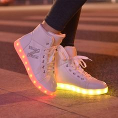 High top fashion girls casual shoes simulation women glowing light up basket led luminous shoes adult femmale flashing led shoes