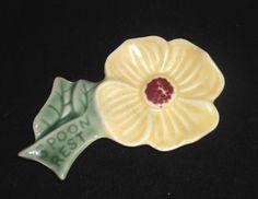 Vintage SHAWNEE POTTERY figural FLOWER spoon rest