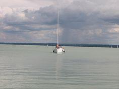 Magányos hajó