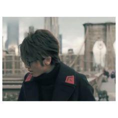 . 「The Eternal Live/Nissy 」 コーデ9つ目! この黒のロングコートに、この耳掛けヘアーめちゃ好き♀️ww . #nissy #nissyentertainment #theeternallive #mv #coordinate #24 #nishijimatakahiro