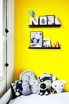 Colorful kids room :: Life Thru a Lens :: lifethrualens.net