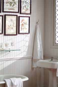 I do so wish I had this as my master bath.  Styled for AmPac.  Photo by Pat Hood
