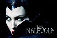 Angelina Jolie e sua Filha de 5 anos Atuam Juntas em Malévola! http://www.fashionfrisson.com/angelina-jolie-e-sua-filha-de-5-anos-atuam-juntas-em-malevola/