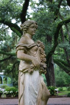 Myrtles Plantation, St. Francisville, Louisiana    Photo by: Author, Bonnie Lynne www.bonnielynne.com