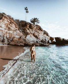 Girl girl tumbles aesthetically pleasing summer vibes and feels beachy sand . Photo Summer, Summer Pictures, Beach Pictures, Summer Beach, Men Summer, Water Pictures, Summer Bikinis, Summer Vibes, Summer Feeling