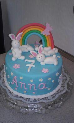 Fondant Torte Regenbogen Hasen