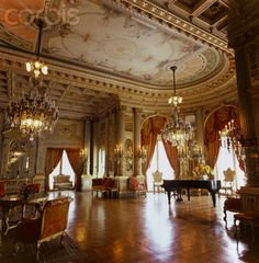 Breakers Mansion, Rhode Island...people don't believe me when I tell them I am going to have my wedding here #scoff away it's going to happen