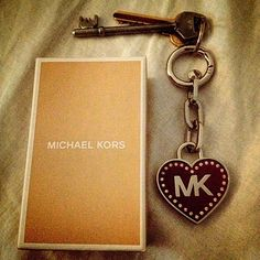 Cute key ring... But I'd be worried my keys would fall off the ring itself....