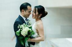 amazing mini wedding at the National Gallery of Art in Washington DC