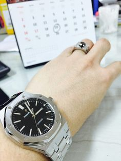 #Audemarspiguet #watchporn #watch #ring #onyx #blackdiamond #watch