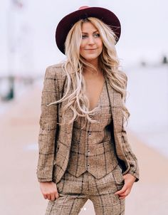 99cb07f7717b6 985 Fascinating Blazers and Bubbly images in 2019 | Blazer, Blazers ...