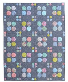 Cluster Dots Quilt from 1, 2, 3 Quilt by Ellen Baker. Photo by Laura Malek.