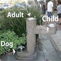 idea for public fountains Is your town dog friendly? Urban Furniture, Street Furniture, City Furniture, Furniture Companies, Furniture Stores, Luxury Furniture, Urban Landscape, Landscape Design, Landscape Architecture