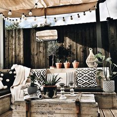 Holz Terasse Holz Terasse The post Holz Terasse appeared first on Terrasse ideen. Outdoor Rooms, Outdoor Living, Outdoor Decor, Patio Design, House Design, Pergola Designs, Wooden Terrace, Outside Living, Screened In Porch