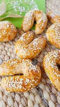 Arabic Dessert, Arabic Sweets, Arabic Food, Indian Dessert Recipes, Plated Desserts, Food Presentation, Food Plating, Bagel, Food Styling