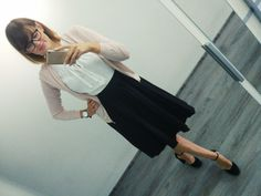 Work style, czarna spódnica plisowana, buty pier one Midi Skirt, Ballet Skirt, Skirts, Fashion, Moda, La Mode, Midi Skirts, Skirt, Fasion