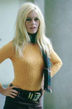 {Brigitte Bardot}