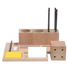 kukka desk blocks via orphan socks 63 EUR Desk Stationery, Stationary, Principles Of Design, Wood Detail, Pencil Holder, Wooden Blocks, Desk Organization, Desk Accessories, Furniture Collection