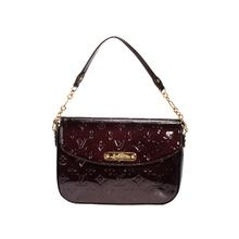 Louis Vuitton Vernis cowhide handbag 93598 is provided by Louis Vuitton Handbags Outlet with an attractive price now.