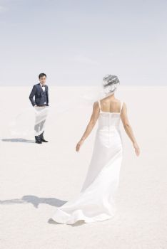 Implementando nuevas tendencias en fotografia de boda. Una conversacion con PKL Fotografia Dreams Do Come True, White Dress, Bolivia, Wedding Dresses, Portal, Fashion, Bridal Photography, New Trends, Bride Dresses