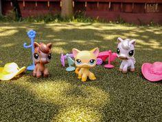 For Sale Raceabout Ranch Yellow Cat Brooke 339 Horse 337 338 LPS Littlest Pet Shop Lot Playset #Hasbro #lps #littlestpetshop